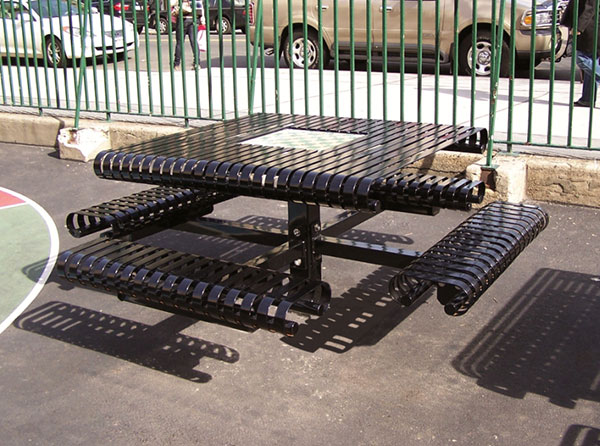 Premier picnic table
